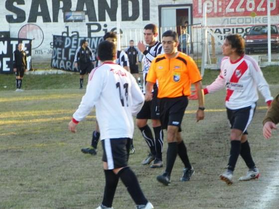 Arismendi será el árbitro de la final de Mayores