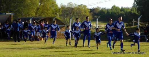 Quilmes se acerca luego de la derrota de La Vasco. foto Fanny Ruétalo