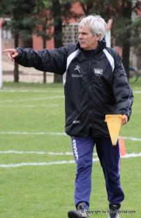 Pierre Sarratia dando indicaciones