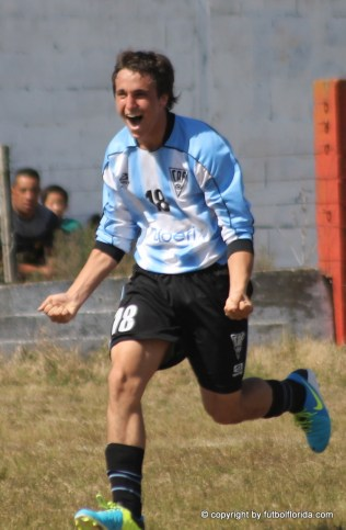 Siré. Debutó con 14 años con la calidad de los grandes. Un gol y buen juego.