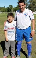 Andrés Ruétalo y un admirador