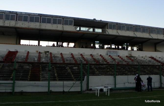 La tribuna principal del Estadio Artigas