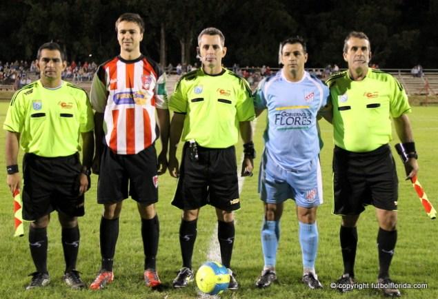 Matias Castro en un partido contra Flores