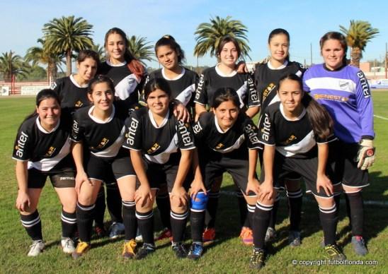 Barrio Viña jugará el 14to Campeonato Femenino. Foto Fanny Ruetalo