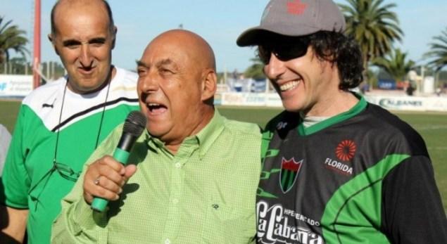 Freddy Varela en el ECO con Roberto Musso del Cuarteto de Nos, arengando a los floridenses