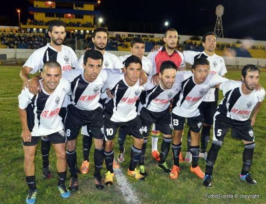Deportivo Sarandí en la cima del fútbol de Durazno. Foto Victor Darwin Rodriguez