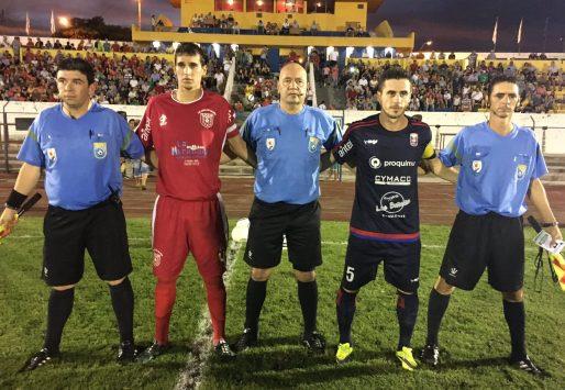 Nestor Izquierdo,final del Sur. Foto de Javier Frugoni de Durazno Sports