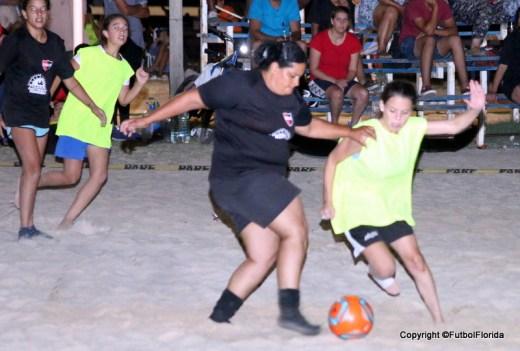 femenino futbol playa
