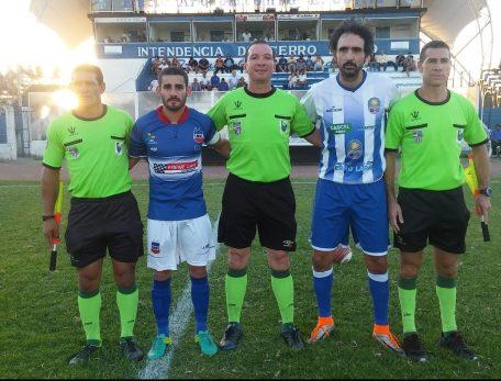 Cohelo asistentes y capitanes. Foto Fernando Rocha