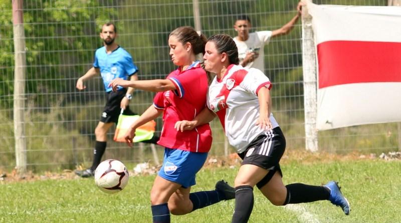 Femenino. Nacional aplastó a River Plate y lidera en solitario