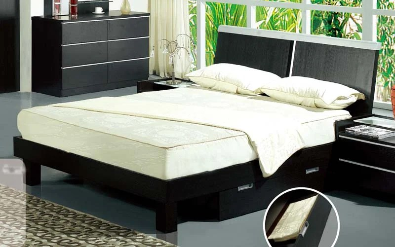 Floor Sample B77 Black Queen Bed By Pantek
