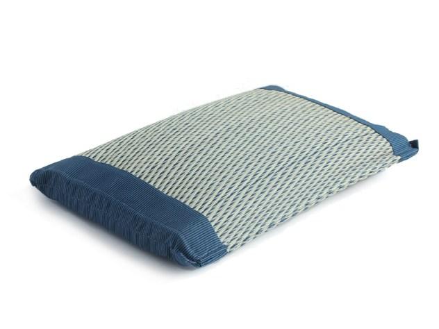 japanese rush glass pillow