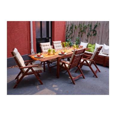 Cute outdoor Ikea table.