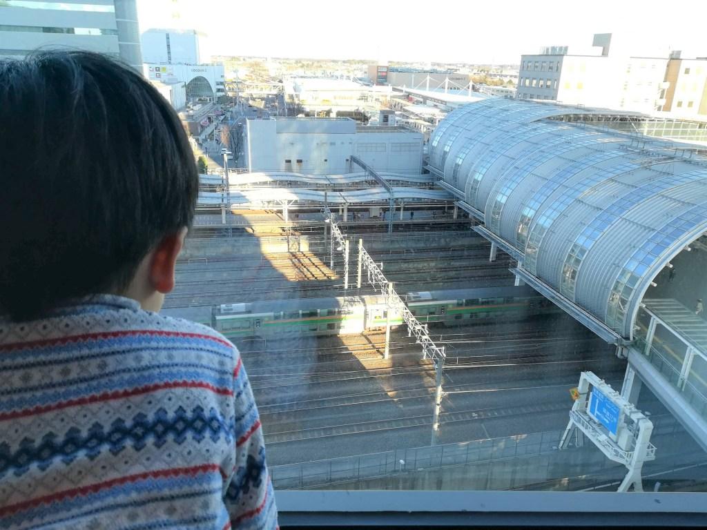 ホテルからは、さいたま新都心駅を見下ろせます