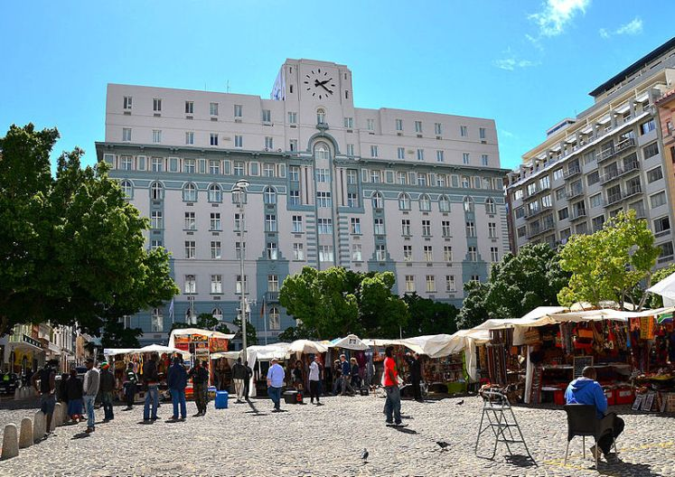 800px-Greenmarket_Square,_Cape_Town