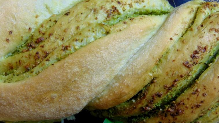 pestobrot pestozopf kräuterbaguette baguette