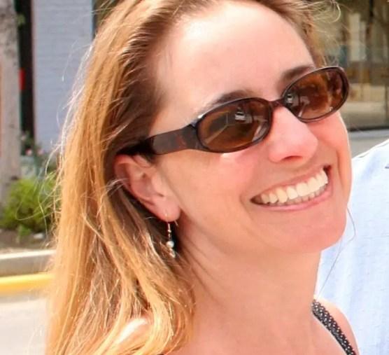 Sarah Elkins - 16 Entrepreneurs to Follow in 2019