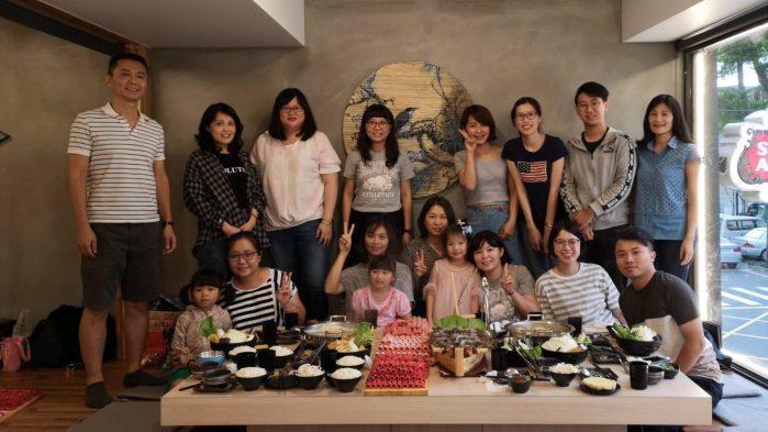 cropped-聚餐4-2.jpg