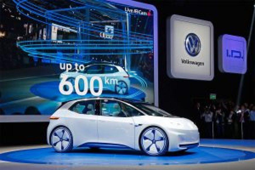 O Volkswagen I.D., apresentado no Salão de Paris, é totalmente elétrico, possui direção autônoma e autonomia entre 400 e 600 km.
