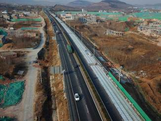 China inicia construção de uma rodovia solar