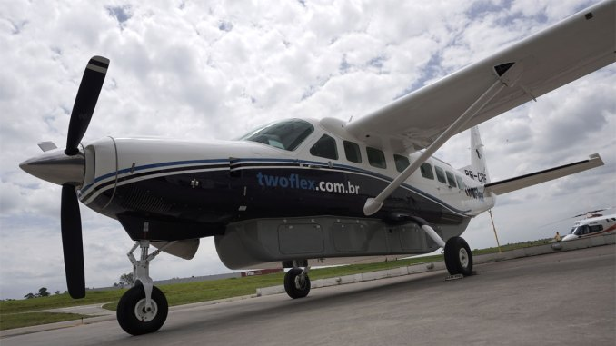Two Flex adquire simulador de voo