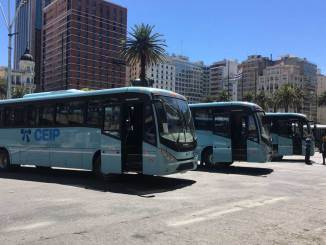 Volksbus transporta estudantes no Uruguai