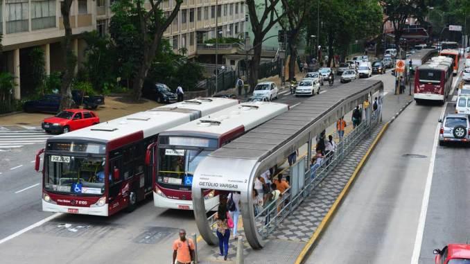 licitação para transporte público