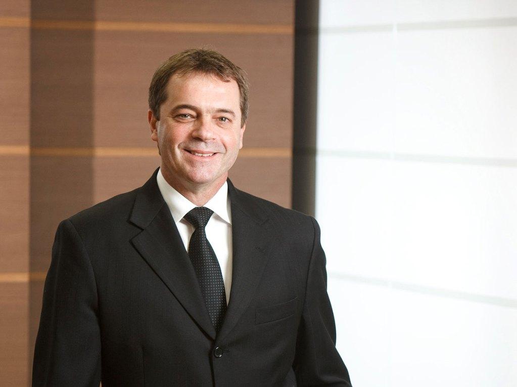 José Eduardo Luzzi, MWM,  geradores de energia elétrica