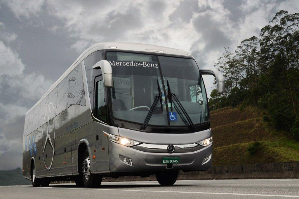 Demonstração de ônibus Mercedes-Benz