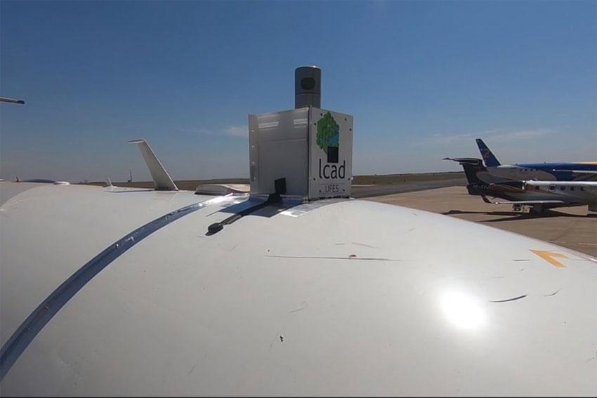 avião autônomo