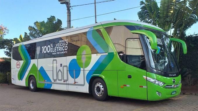 ônibus rodoviário elétrico