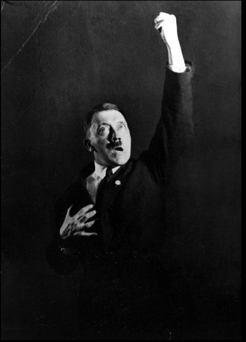 [Heinrich Hoffman] Hitler'in nutuk çalışmaları çekimleri 3