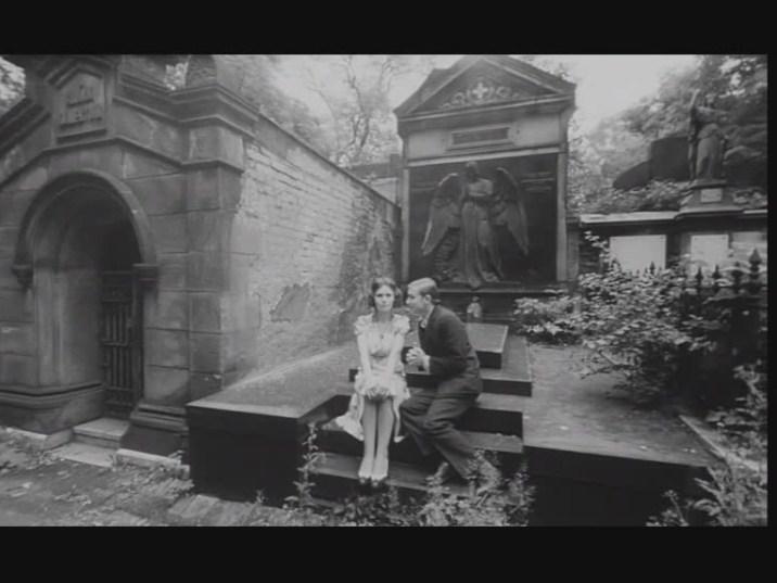 Spalovac mrtvol (1969) / The Cremator 13