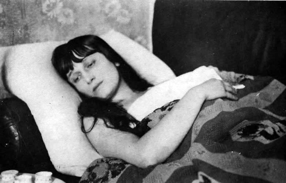 [Unutulmasın diye] Ahmatova'nın dostlarının belleklerinde saklanan şiiri 1