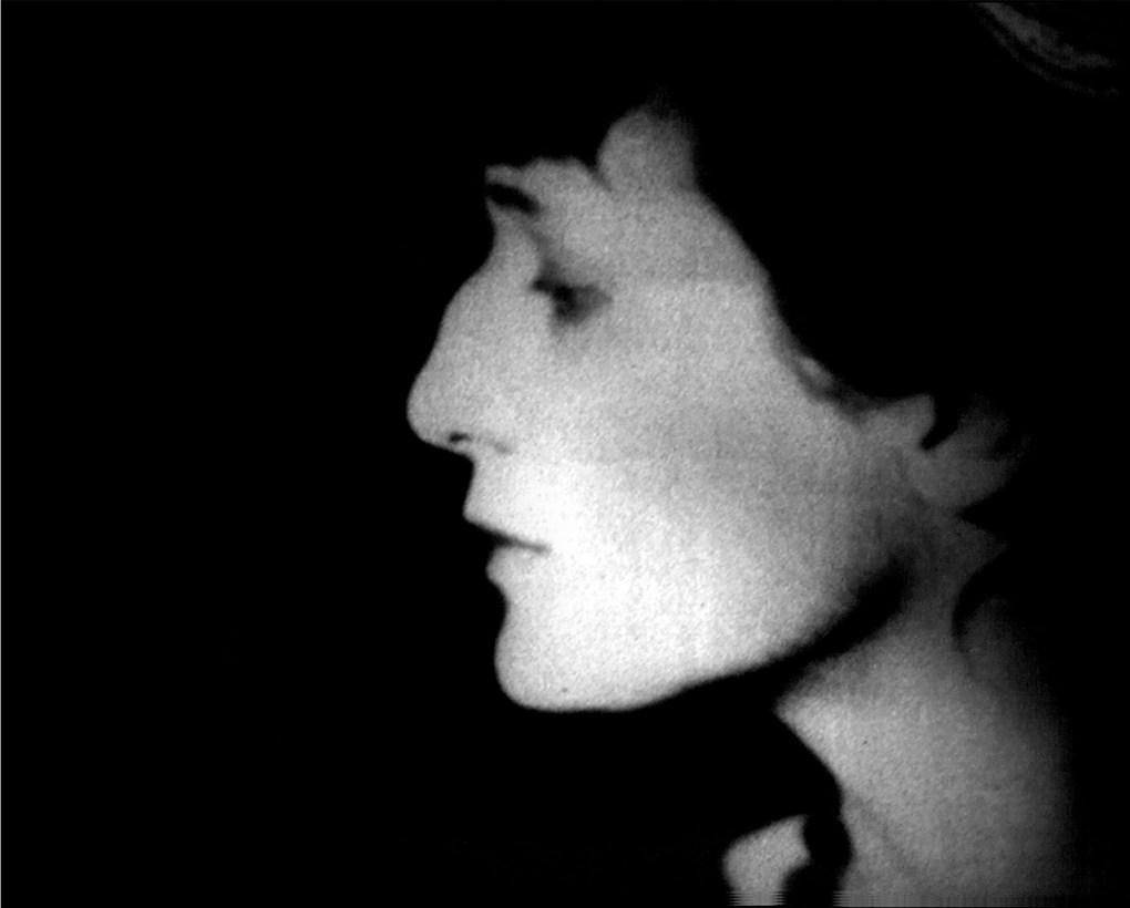 [Unutulmasın diye] Ahmatova'nın dostlarının belleklerinde saklanan şiiri 3