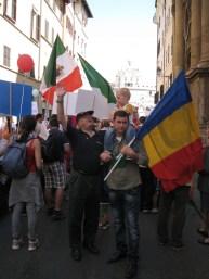 Marcia per la Vita, domenica 13 maggio 2012, B.V. Maria di Fatima: conte prof. Fernando Crociani Baglioni, Presidente dell'Istituto di Studi Storici Beato Pio IX. Con le delegazioni estere : Romania, Polonia, Ungheria.