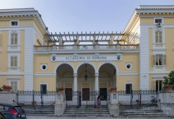 "Limba româna – ""între paranteze?"" Lingua romena – ""tra parentesi"" di Eugenia Bojoga"