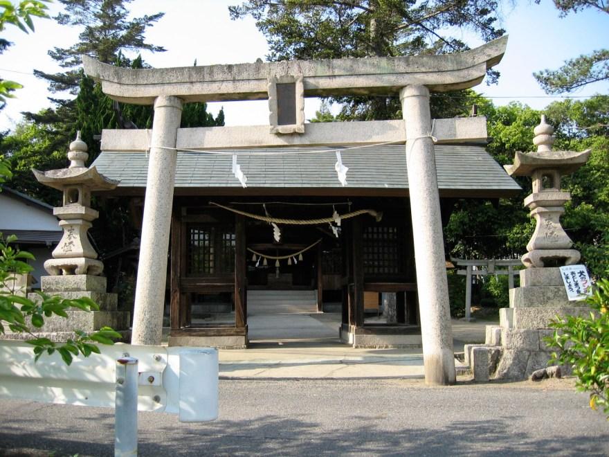 大神神社の社頭