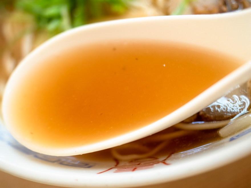 シャコ丼の店:シャコラーメンのスープ