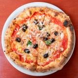 【チッチョ】モチモチ生地のナポリピザ!3つのランチコースは週替わりで6種のピザが楽しめる(総社市中央)