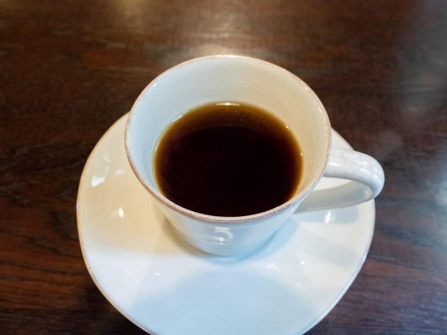 ケンジントン:カレーに付くコーヒー