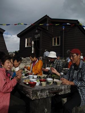 船窪小屋の夕食、レストラン並みの御馳走