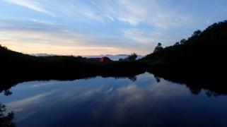 ③奥又白池の夜明け