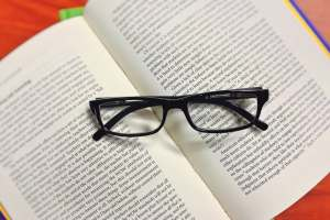 book-glasses-read-education-159793