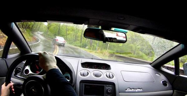 Driving in the Gallardo Spider