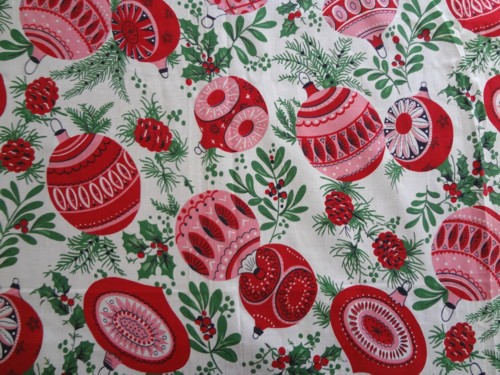 if you havent been into a fabric store recently especially one that carries mainly printed cottons you might be really surprised at the huge selection of - Vintage Christmas Fabric