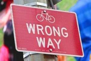 wrong-way-429723_1920