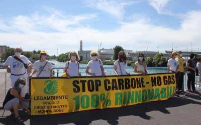 La decarbonizzazione non passa per il gas.  Legambiente boccia il piano di A2A di sostituzione del carbone con una centrale a gas