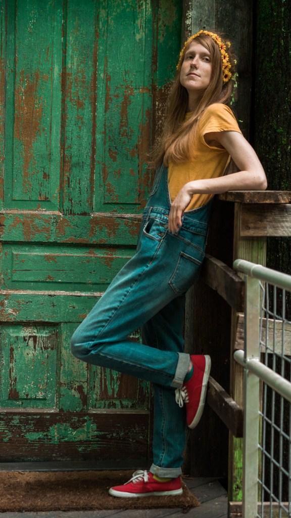 Laura Mustard - 'Nobody's Road'