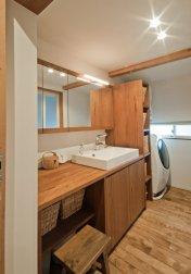 アンドの家 洗面家具はオーダーです。